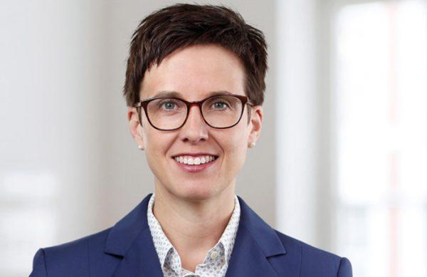Dr. Sabrina von Rüden, Rechtsanwältin, Fachanwältin für Handels- und Gesellschaftsrecht