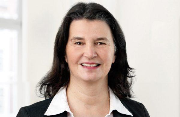 Hannelore Simmes-Peuyn
