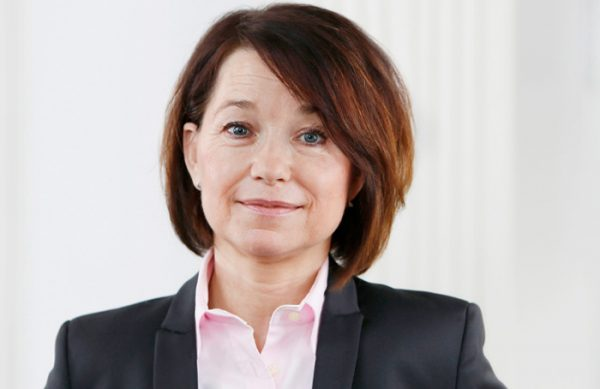 Angelika Ullrich, Steuerberaterin